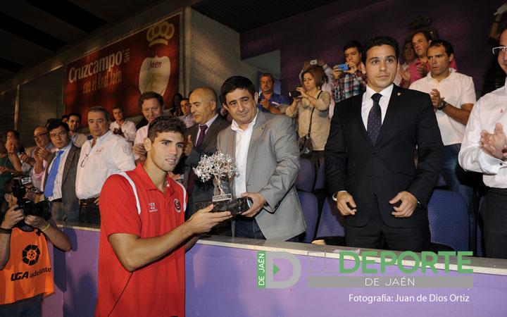 El Sevilla FC gana el Trofeo de 'El Olivo' desde los once metros (la crónica)