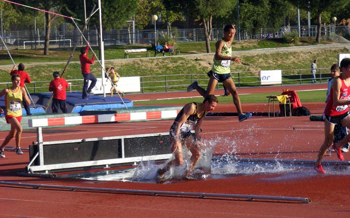 El Unicaja Atletismo, a por todas en el Nacional Junior