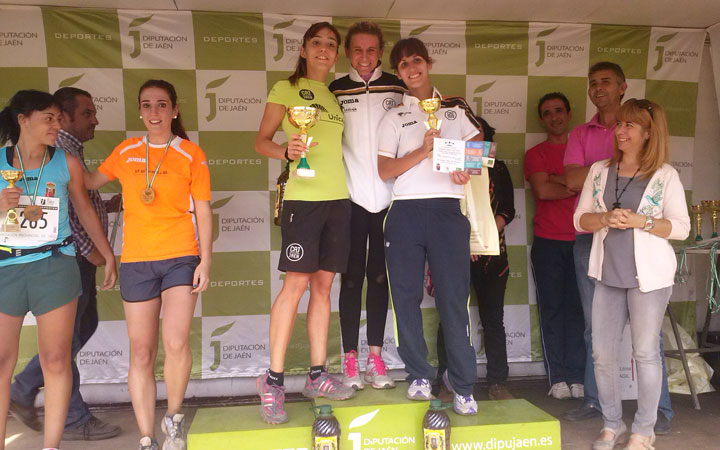 Pleno del Unicaja Atletismo en la primera prueba del Circuito de Campo a Través