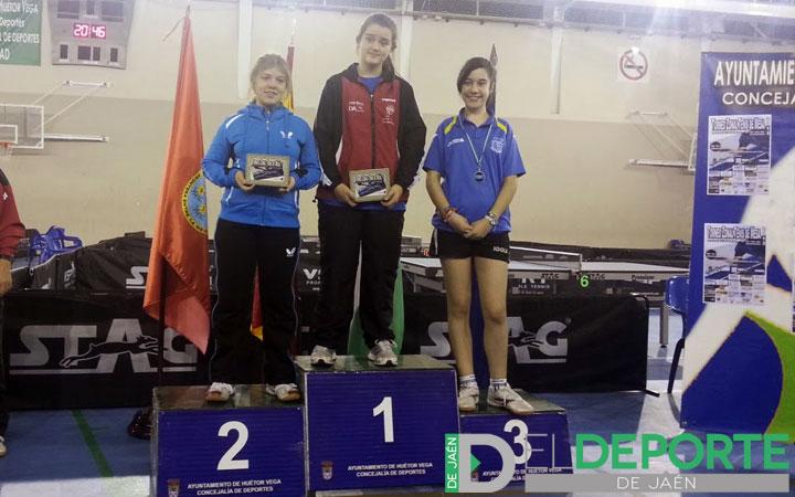 Alejandra Alejo destaca en el torneo zonal de tenis de mesa