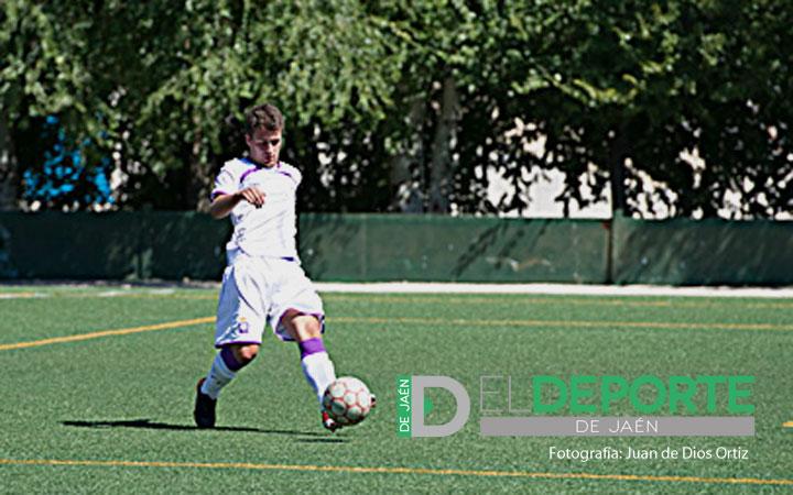 El Real Jaén B se crece ante el Juventud Torremolinos CF