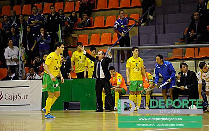 """Dani Rodríguez: """"No podemos empañar la temporada con rivales directos"""""""