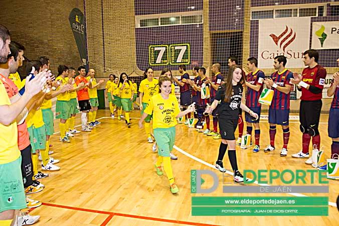 Las chicas del Fuconsa Vandelvira fueron ovacionadas en el Jaén-Barça