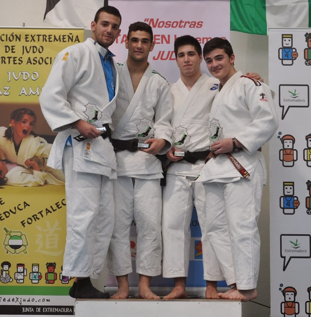 Tres jiennenses pasan a la final del Campeonato de España Junior de Judo