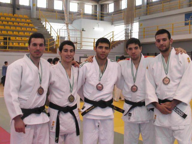 Un oro y cuatro bronces para los jiennenses en el Campeonato de Andalucía de Judo