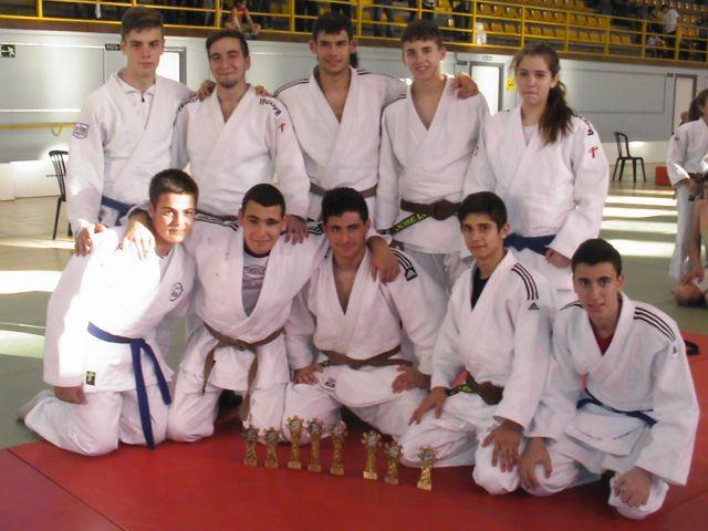 Los judocas jiennenses consiguen 16 medallas en el Andaluz infantil y cadete