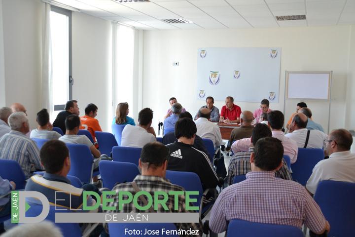 Clubes y Federación comienzan a planificar la temporada 2014/2015