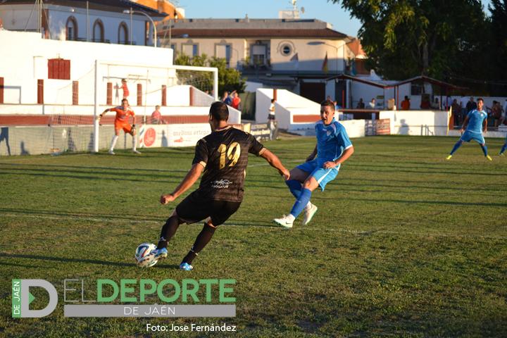 El Real Jaén celebra su cumpleaños con un empate ante el Martos CD