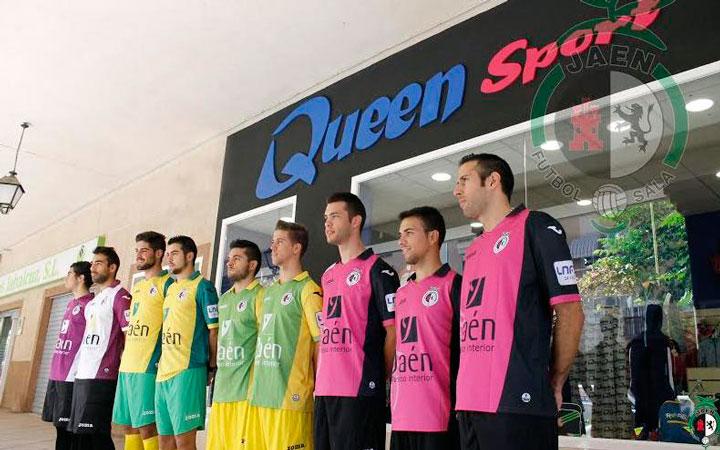 El Jaén FS presenta su equipación para la temporada 2014-15