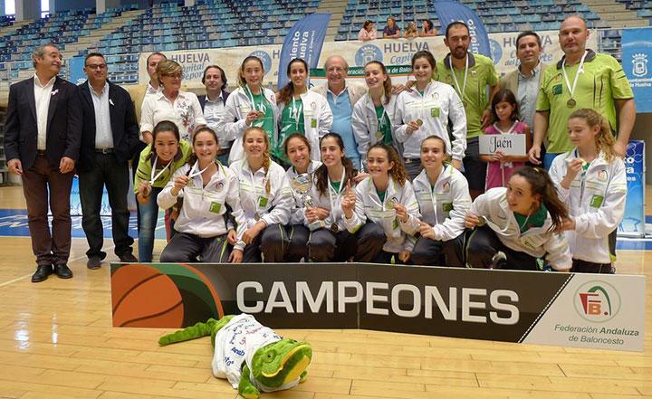La selección jiennense de baloncesto cadete femenino, campeona de Andalucía