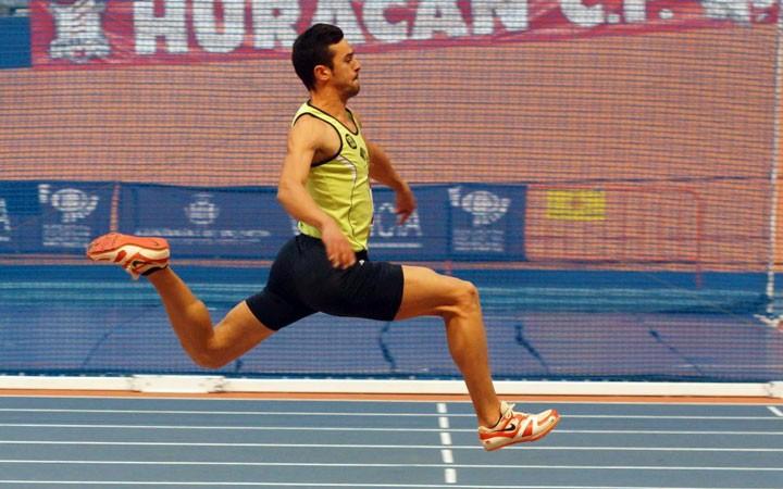 El Unicaja Atletismo se hace con trece medallas en el andaluz absoluto en pista cubierta