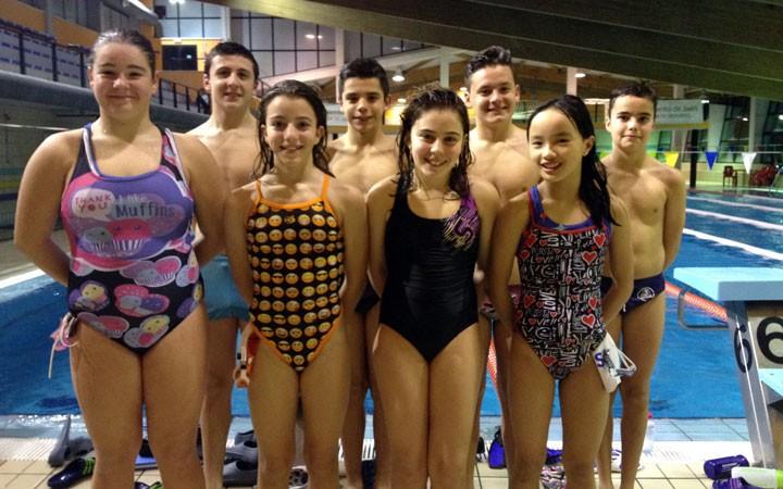 El CN Santo Reino participa en el Campeonato andaluz Alevín con ocho nadadores