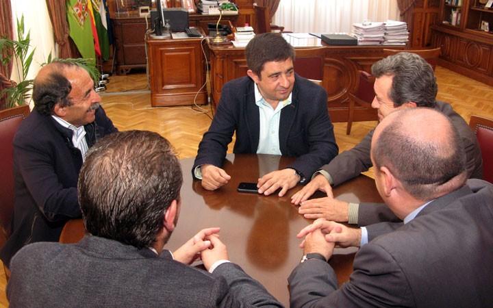 La Diputación respalda al Linares Deportivo en el playoff de ascenso