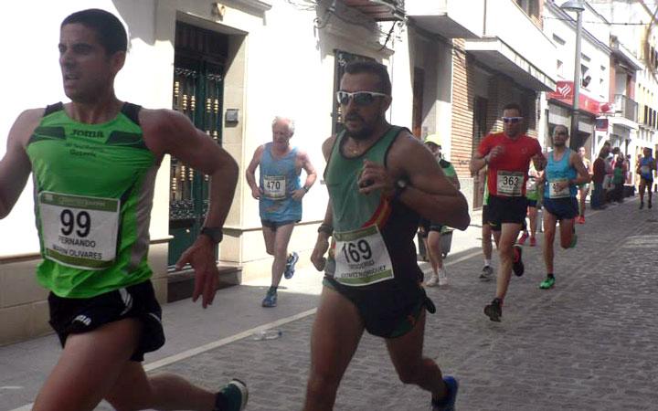 Mohammed Blal y Lourdes González vencen en la XV Carrera Urbana Villa de Ibros