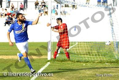 El Martos vence a Los Villares y depende de sí mismo para meterse en el playoff (análisis de la Tercera)