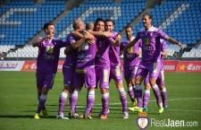 El Real Jaén consigue una rotunda victoria frente al colista