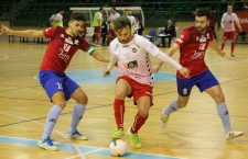 El Atlético Mengíbar no puede con el empuje del Naturpellet Segovia