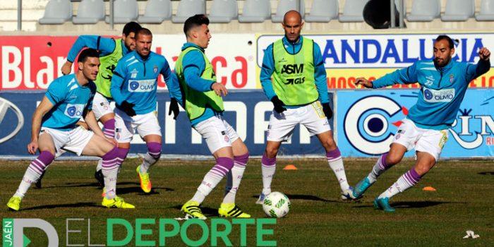 Vuelta al trabajo del Real Jaén para afrontar el derbi ante el Linares Deportivo