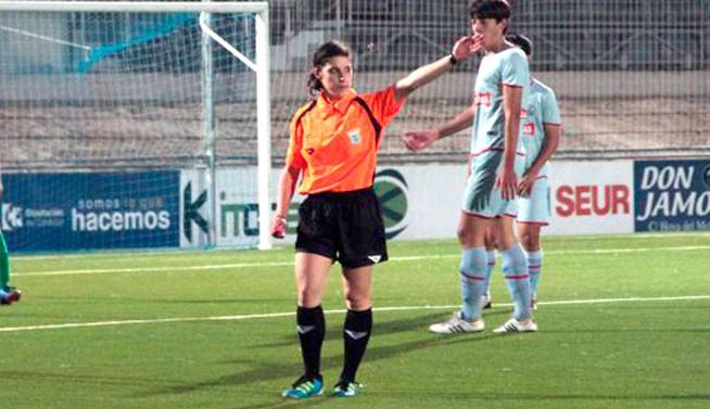 La jiennense Inma Prieto arbitrará en la Primera División Femenina