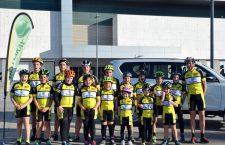 La Escuela de Ciclismo 'Triki' Beltrán inicia su andadura con una veintena de jóvenes