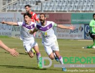El Real Jaén acierta contra el San Fernando y logra tres puntos valiosos