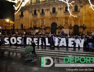 La llamada de ayuda del Real Jaén se escuchó en las calles de la capital
