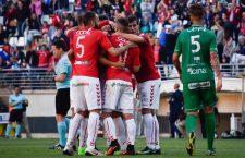 El Atlético Mancha Real sufre en Murcia una nueva derrota