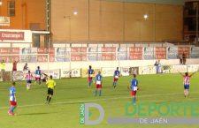 Un buen Torredonjimeno consigue un meritorio empate frente al CF Motril