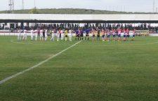 Los jugadores antes del inicio del encuentro. Foto: Martos CD