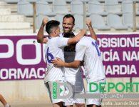 El Real Jaén reacciona con una goleada al Guadix