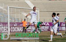 El Real Jaén ajusticia a un Atlético Mancha Real demasiado indolente