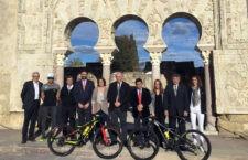 Reyes destaca en Córdoba la promoción del turismo activo y de naturaleza que representa la Andalucía Bike Race