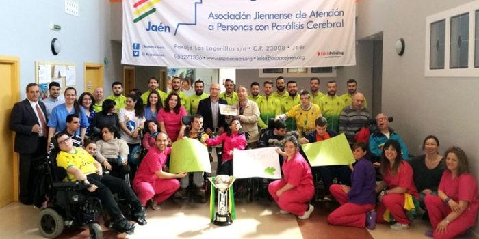 La plantilla del Jaén FS visita las instalaciones de Aspace