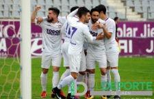 El Real Jaén vence al Torredonjimeno y se coloca tercero en la tabla