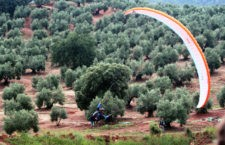 El FIA 'El Yelmo' finaliza tras tres intensos días de exhibiciones aéreas y actividades en la Sierra de Segura