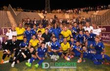 El Linares Deportivo se hace con el Trofeo El Olivo en un derbi marcado por los errores en defensa