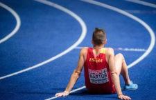 El atleta jiennense en el tartán del Olímpico de Berlín tras la final. Foto: Twitter Sebas Martos.