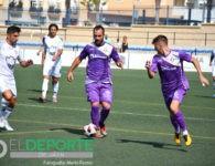 Al Real Jaén se le escapa la victoria en los últimos instantes en Vélez