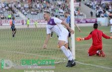 El Real Jaén golea al Martos para sellar su confianza