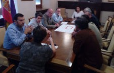 Representantes de ambas organizaciones durante el encuentro. Foto: Ayto. Jaén.