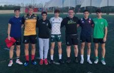 Los representantes de Jaén Rugby junto al ex presidente del club, Eduardo Sánchez. Foto: Jaén Rugby.