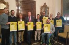 Autoridades y miembros de los colectivos participantes, durante el acto de presentación. Foto: Ayto. Jaén.