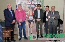Fermín Cacho rememora en Jaén su dilatada carrera deportiva