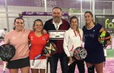 Martínez/Trigo y Herrera/Porras antes de disputar la final femenina. Foto: FAP Jaén.