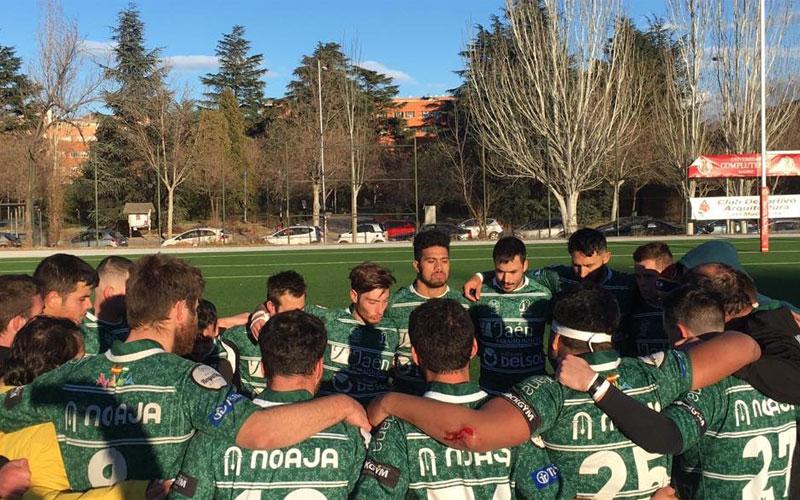 Jugadores de Jaén Rugby en un corro