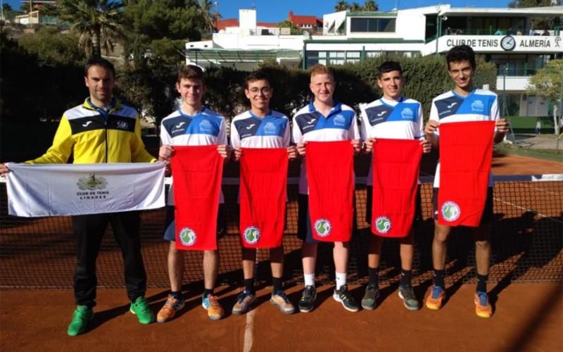 Jugadores del Club Tenis Linares
