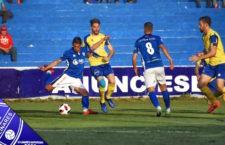 El Linares Deportivo se hace con los tres puntos ante el Huétor Tájar