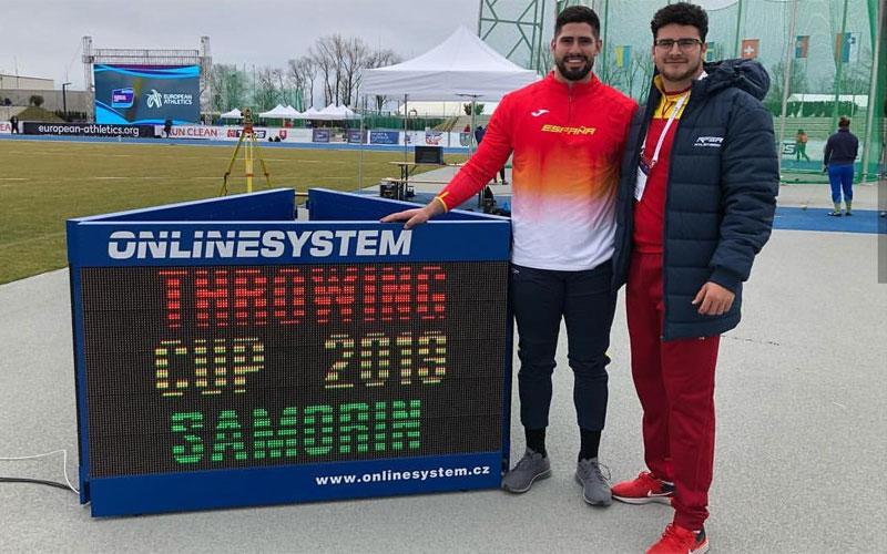 Alberto González y Javi Cienfuegos en la pista de la Copa de Europa de Lanzamientos