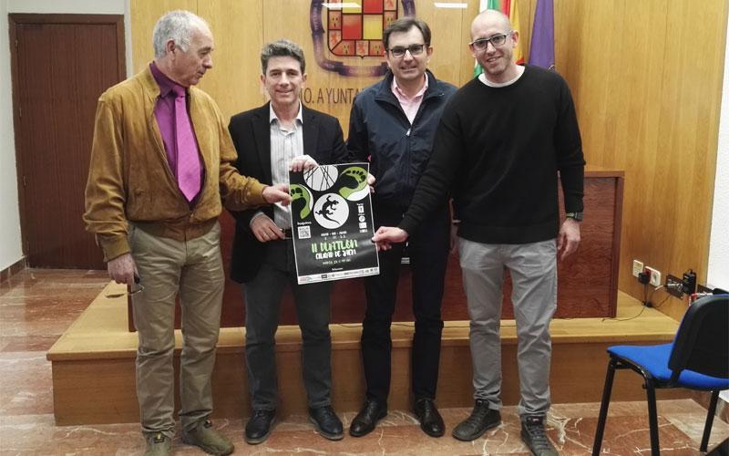 Autoridades y organizadores del Duatlón Ciudad de Jaén durante la presentación