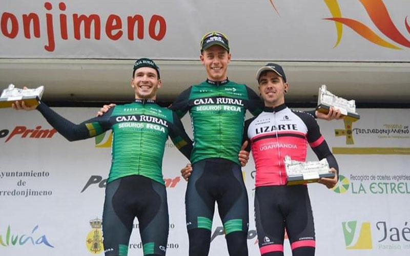 Ganadores de la Clásica Ciudad de Torredonjimeno en el podio